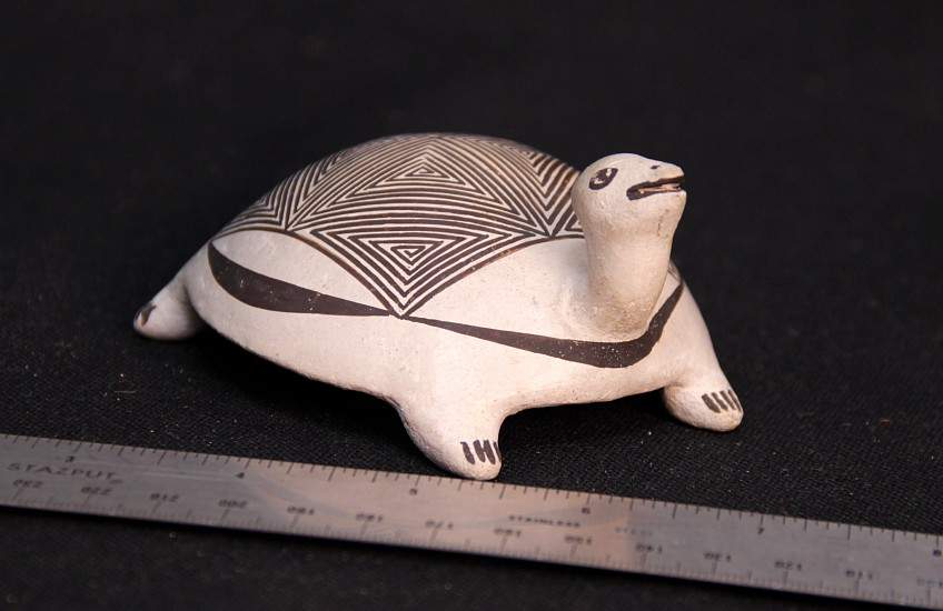 """03 - Pueblo Pottery, Acoma Pottery Turtle by Lucy M Lewis 4 3/8"""" x 2"""""""