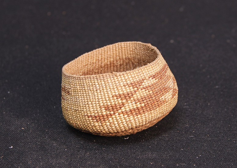 "02 - Indian Baskets, Antique Yurok Basket: Blade Motif c.1920 2"" x 3"" MINT condition!! c1920, Spruce root with bear grass"
