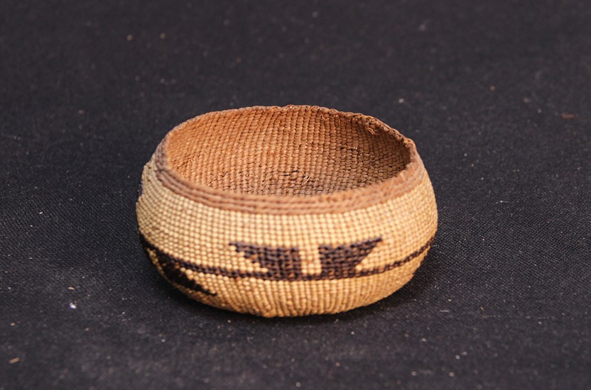 "02 - Indian Baskets, Yurok Basket: Frog's Hand Motif c.1920 1 3/4"" x 4 1/2"" MINT conditon! c1920, Spruce root with bear grass"