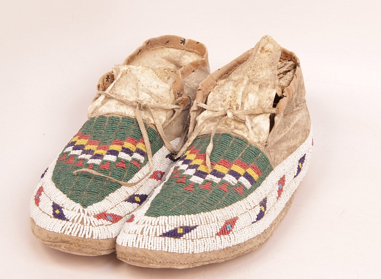 "09 - Beadwork, Sioux Beadwork: Moccasins, Seed Beads, Raw Hide Soles (10.5"") c. 1890s"
